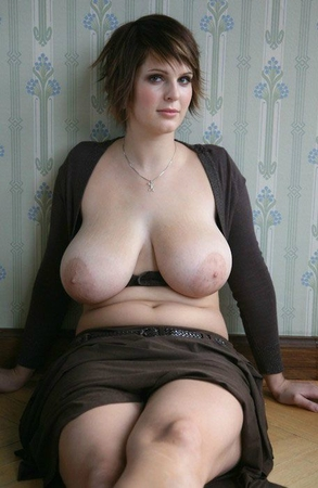 Jolie ronde toute nue