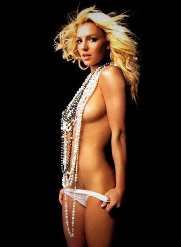 Avec une fille nue nommée Britney Spears