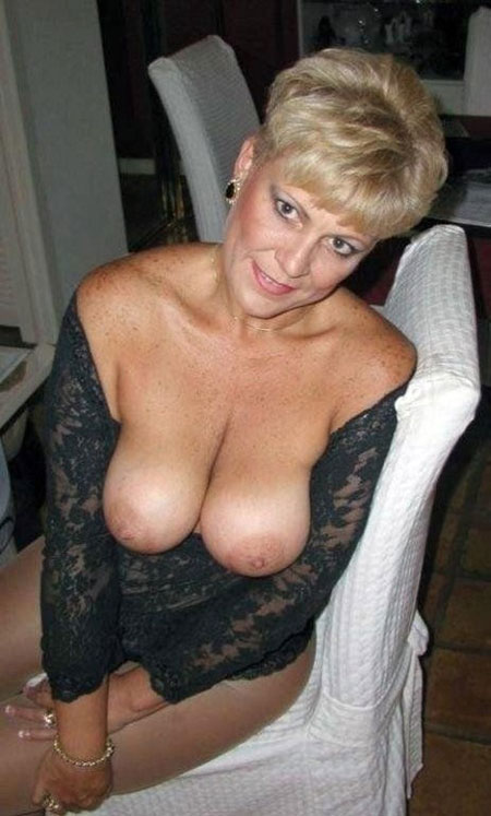 tres vieille mature cougar facile